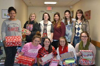 EHS Students Make Christmas Brighter